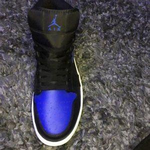 Air Jordan mid black and blue